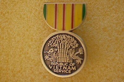 US USA Vietnam Service Medal Military Hat Lapel Pin