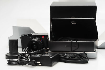 Leica Q2 Digital Camera 47.3MP 28mm f1.7 ASPH Summilux Lens                 #706