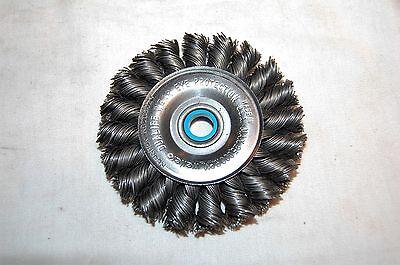 Weiler 3 Standard Twist Wire Wheel .020 12-38 08024 Little Surface Rust