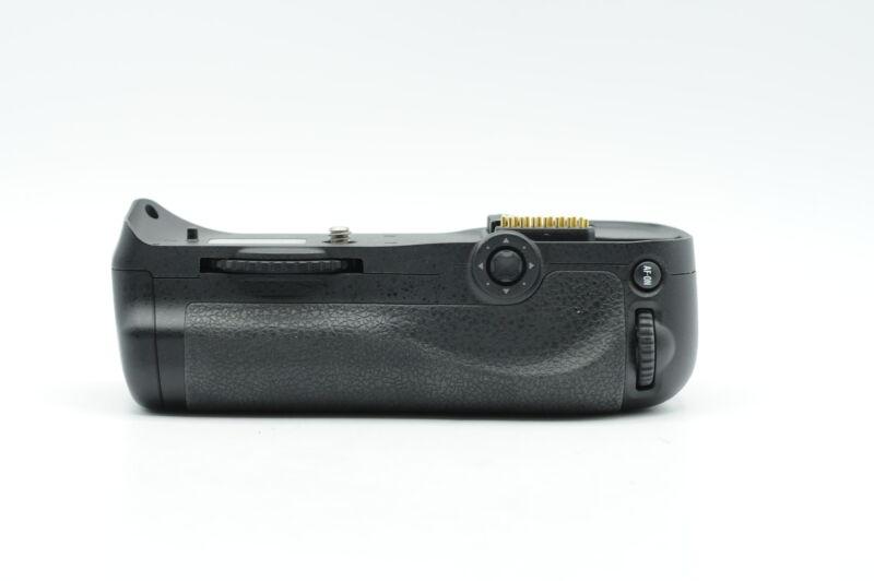 Genuine OEM Nikon MB-D10 Multi Power Battery Grip #998