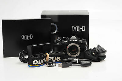 Olympus OM-D E-M1 Mark II 20.4MP Mirrorless Digital Camera Body w/FL-LM3 Fla#497