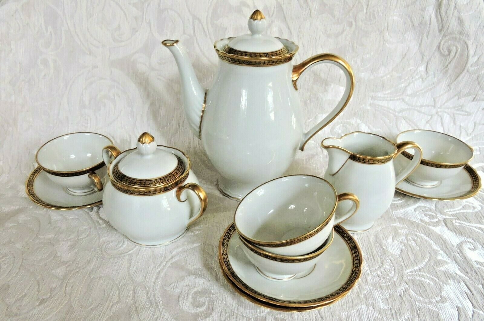 Servizio da caffè Richard Ginori 1950 porcellana bianca rifiniture oro zecchino