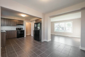 3 bedroom townhouse at North! Schools nearby #GRANITE#HARDWOOD
