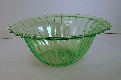 """1930s JEANNETTE Vaseline Green Depression SIERRA """"PINWHEEL"""" 8.5"""" FRUIT BOWL"""