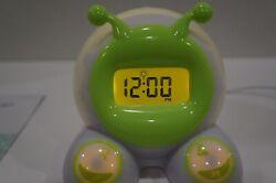 Mirari OK to Wake! Children's Alarm Clock & Night-Light - Green