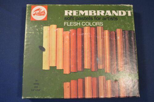 VINTAGE REMBRANDT SOFT PASTELS FLESH COLORS,USED,30 STICKS AS SHOWN