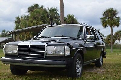 1985 Mercedes-Benz 300-Series 300 TDT Station Wagon 1985 Mercedes Benz 300 DT TDT TD Turbo Diesel Estate Wagon