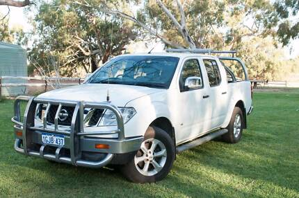 Navara ST-X 2012 Exceptional Condition