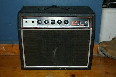 UNIVOX UNICORD WESTBURY 25 AMP GUITAR AMP