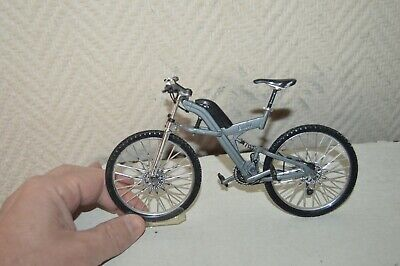 Miniatura Bicicleta Metal BMW 1/10 Welly MTB / Mountain