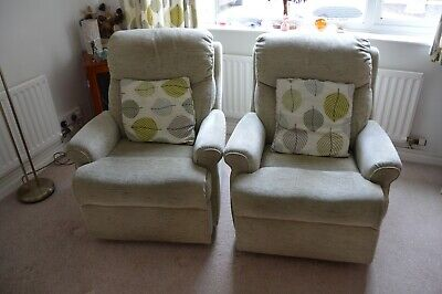 Fantastic pair of NESTON manually operated reclining armchairs WOW BARGAIN LOOK
