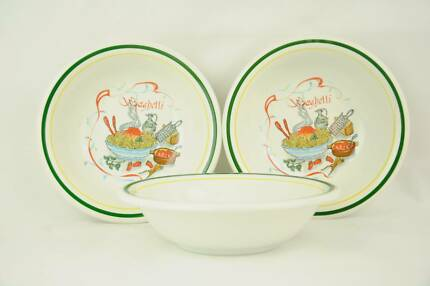 Pasta Spaghetti Serving Bowls Handpainted Made in Italy