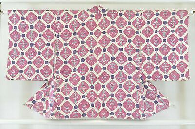 Vintage Japanese Ladies' Ivory/Mauve/Pink 'Diamonds' Kimono Haori Jacket Small