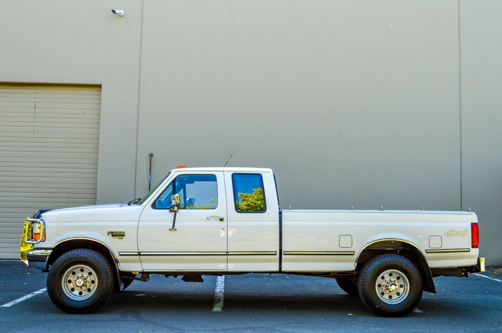 1995 FORD F250 SUPER CAB 4X4 7.3L DIESEL 5-SPEED MANUAL ONLY 64K MILES! OBS!