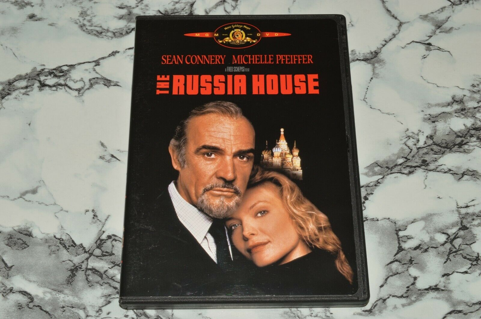 The Russia House DVD, 2001 -- Sean Connery Michelle Pfeiffer - $12.68