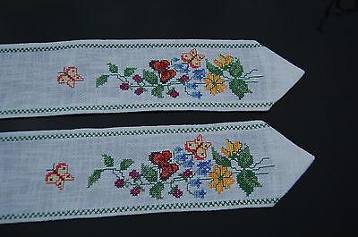 Handarbeit wunderschönes Stickereiband Kreuzstiche 165 x 10,5 cm neuwertig