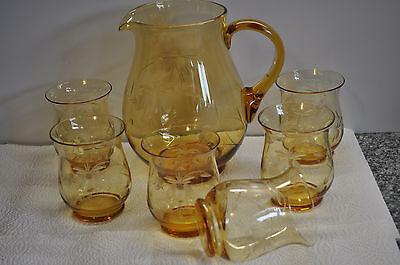 alter Saft  / Weinkrug mit 6 Gläser