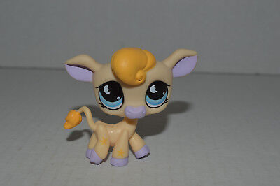 Littlest Pet Shop~#927~Cow~Yellow~Lavender Ears Hooves & Nose~Blue 1/2 Moon Eyes (Cow Noses)