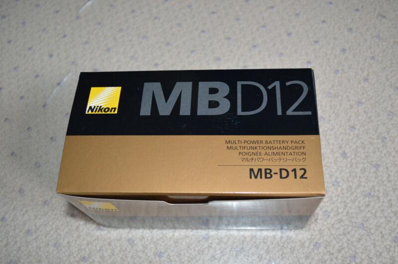 Nikon MB-D12 Multi-Power Battery Pack Grip