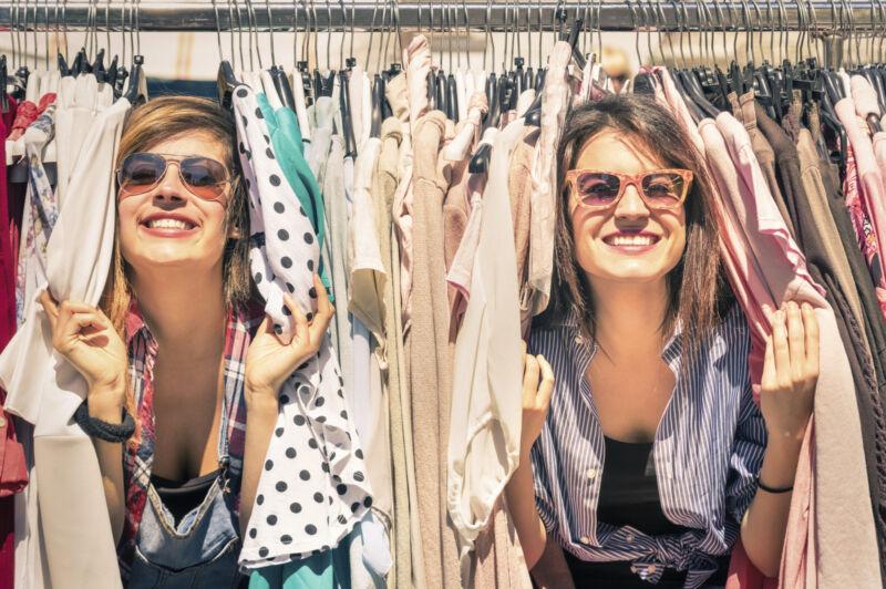 Vintage-Mode gebraucht ist vielseitig, günstig und zeigt kreatives Styling (Foto: Thinkstock)