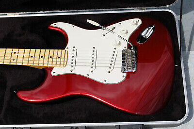 2007 Fender American Standard Stratocaster Candy Apple Red Maple Neck