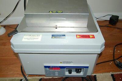 Fisher Isotemp 2320 Water Bath Waterbath Variable Laboratory Lab Digital 5.7a