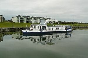 Houseboat/River Cruiser or Holiday Home on River's Edge Goolwa Alexandrina Area Preview