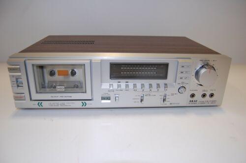 * Akai CS-F33R Vintage Stereo Cassette Deck