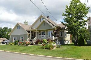 Maison - à vendre - Shawinigan - 10869180