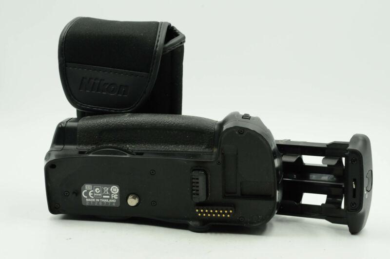 Genuine OEM Nikon MB-D10 Multi Power Battery Grip                           #774