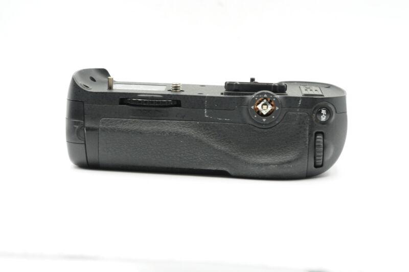 Genuine OEM Nikon MB-D12 Battery Grip for D800/D800E/D810/D810A #529