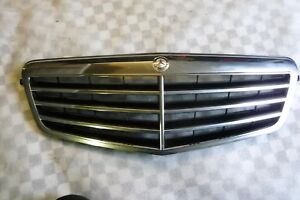 Mercedes-Benz Front Grill