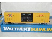 HO Walthers TTX Trailer Train TBOX Railbox 60/' High Cube Plate F box car 661933