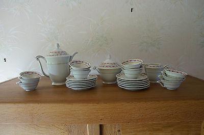 Service à café en véritable porcelaine de Limoges