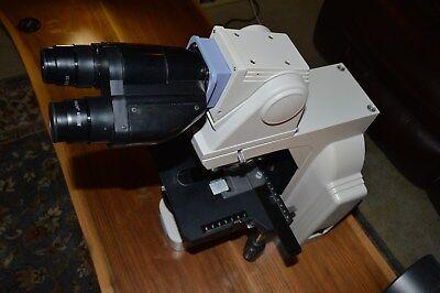 Nikon Eclipse E400 Microscope With Ergonomic Binocular Head And Phase Contrast