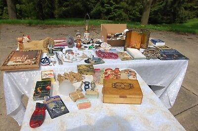 LOT OF JUNK JEWELRY LAMP MISC ITMES BOXES ETC 20 POUNDS OF STUFF COLLECTED