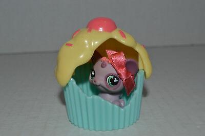 Littlest Pet Shop~#464~Baby Mouse~Purple~Pink Bow~Green Clover Eye~Cupcake House - Littlest Pet Shop Cupcakes