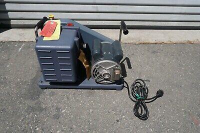 Welch Duo-seal 1402 Vacuum Pump Rotary Vane Laboratory Industrial Unused 1402c-4