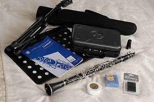 Yamaha 250 Clarinet, OnePieceCase,Grease,Reeds,MusicStand.. Bondi Junction Eastern Suburbs Preview
