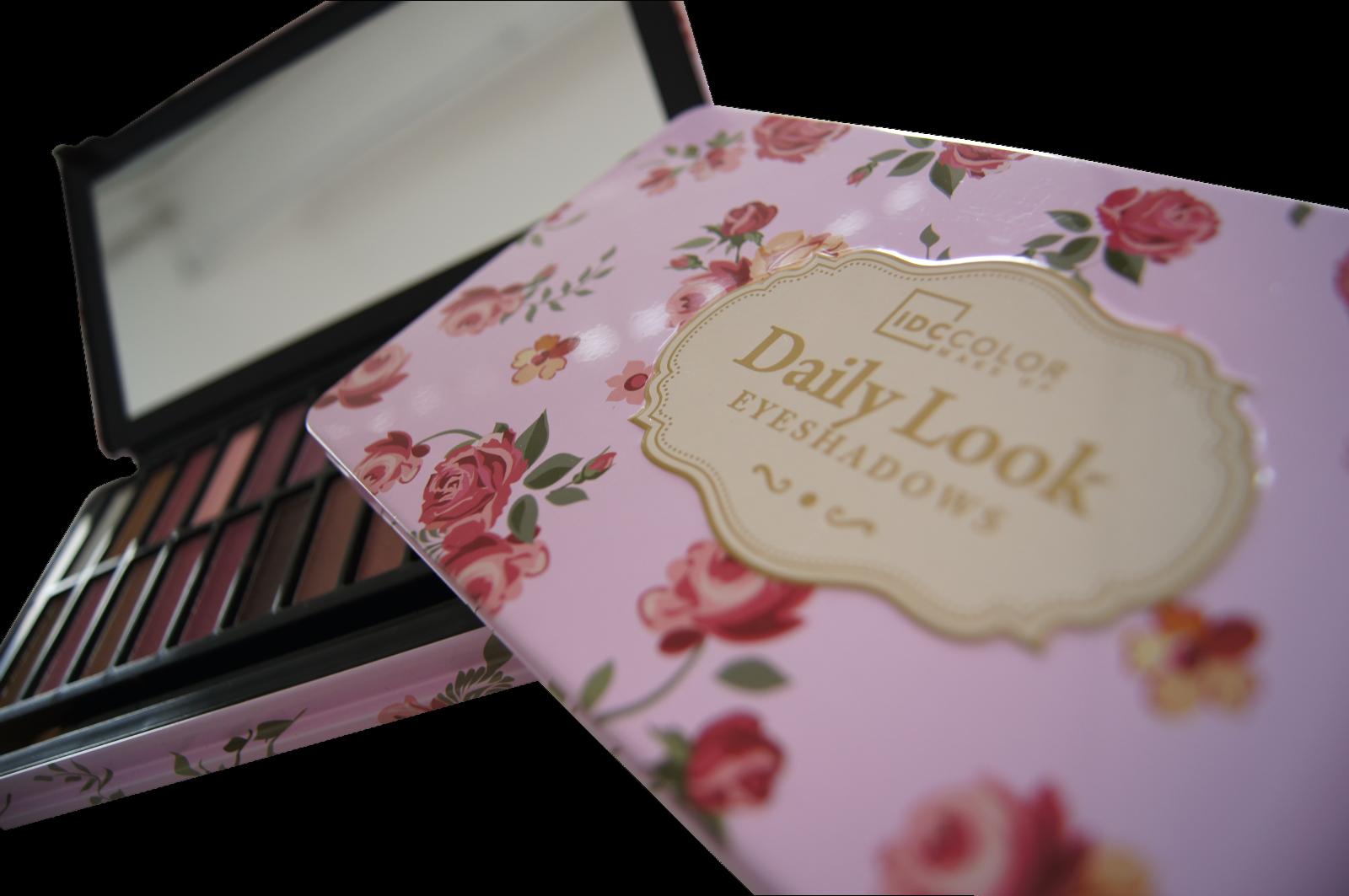 Lidschatten Palette DAILY LOOK mit 24 Farben Applikator Pinsel Spiegel Eyeshadow