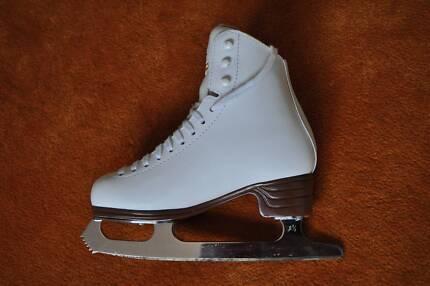 Jackson Figure-Skating Skate
