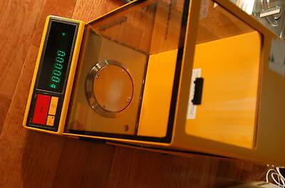 Sartorius Analytical Lab Scale Digital Balance 1702
