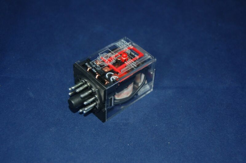ONE  NEW PLUG IN RELAY 11PIN 3P FITS MK-3PNS 110V DC COIL