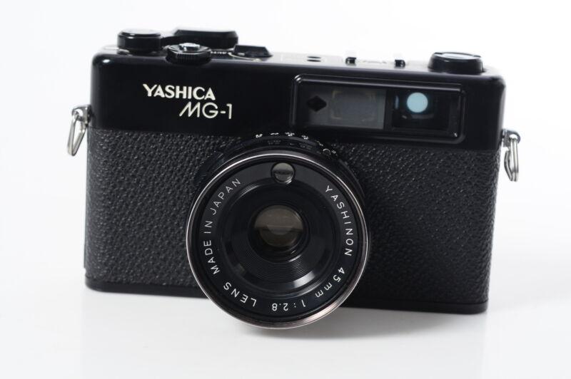 Yashica MG-1 Rangefinder Film Camera Body w/45mm f2.8 Lens #993