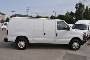 2013 Ford E-350 Fully Loaded