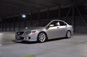 2006 Acura TSX(willing to trade for a mini van)