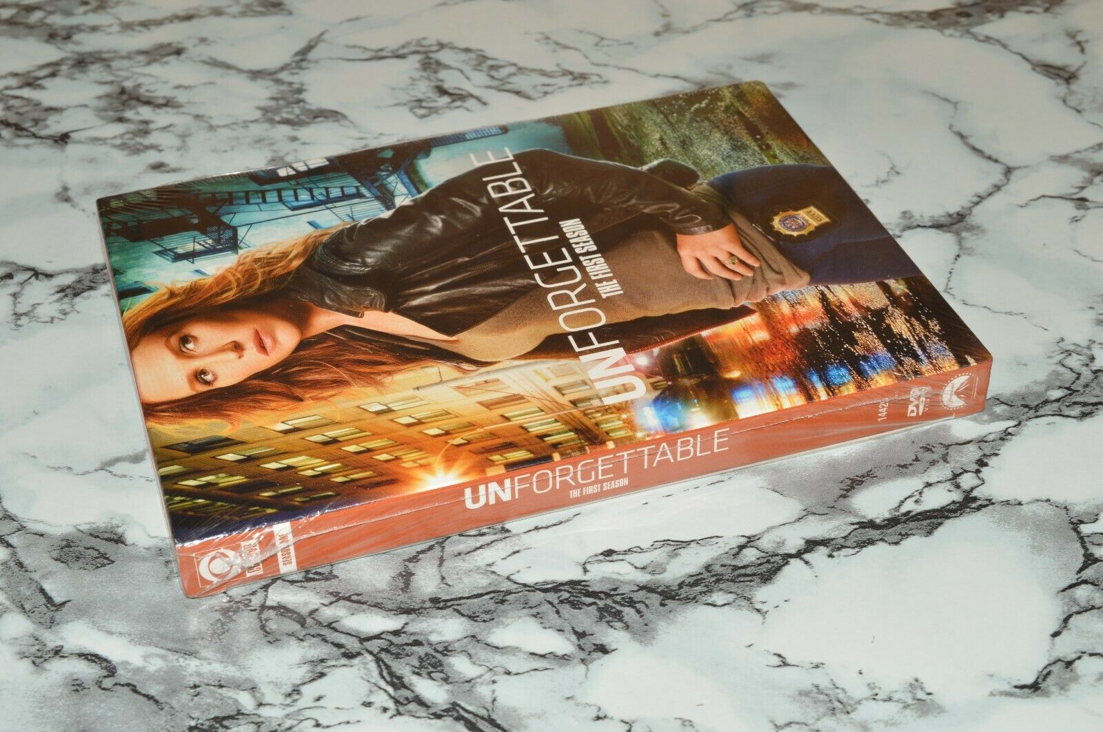 NEW - Unforgettable - The First One / 1 Season 6-Disc DVD Set, 2011 -- CBS - $16.91