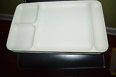 "1535 TUPPERWARE LUNCHEON DIVIDED TRAY 15"" X 9"""