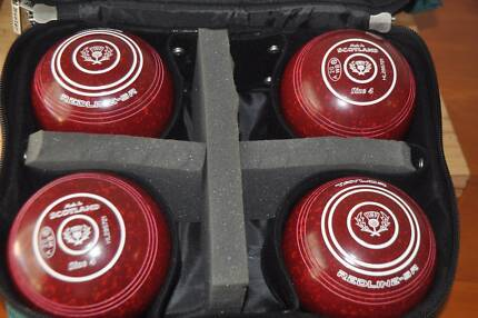 LAWN BOWLS - SET OF 4 - TAYLOR REDLINE SR SIZE 4 - IN BAG Burpengary Caboolture Area Preview
