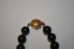 BLACK JADE NECKLACE BY GUMPS NEPHRITE VINTAGE W 14K GOLD CLASP 19